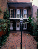 photo of Williams Residence with courtyard