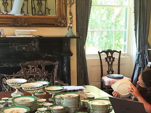 CIS Fellow Michelle Fitzgerald examines CIS-2016-0009, a Paris porcelain dinner service in a Natchez, MS private collection.