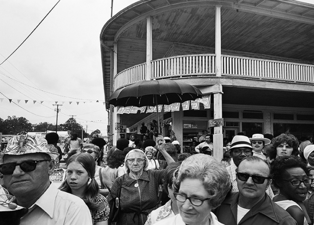 Breaux Bridge Crawfish Festival, Breaux Bridge; 1974; © Douglas Baz and Charles H. Traub; The Historic New Orleans Collection, 2019.0362.107