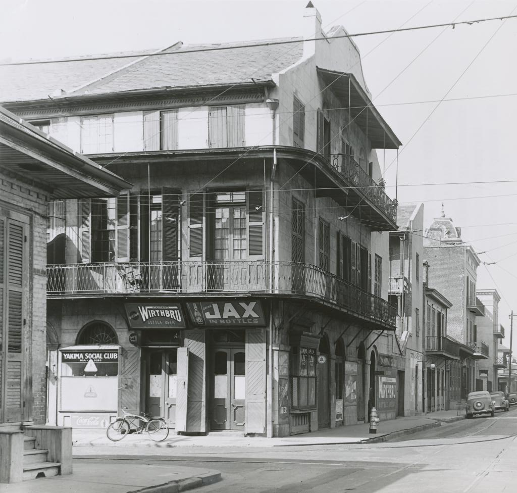 Dumaine Street,advertisements,Bourbon,New Orleans,Louisiana,LA,Architecture,1937